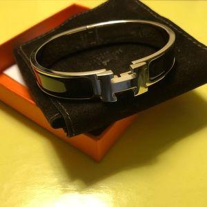 Hermès Clic H Bracelet in Noir (Black) (Women's)